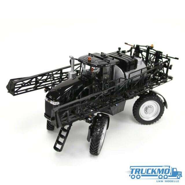 USK Scalemodels Challenger RoGator 1100B Sprayer BlackBeaty 10624