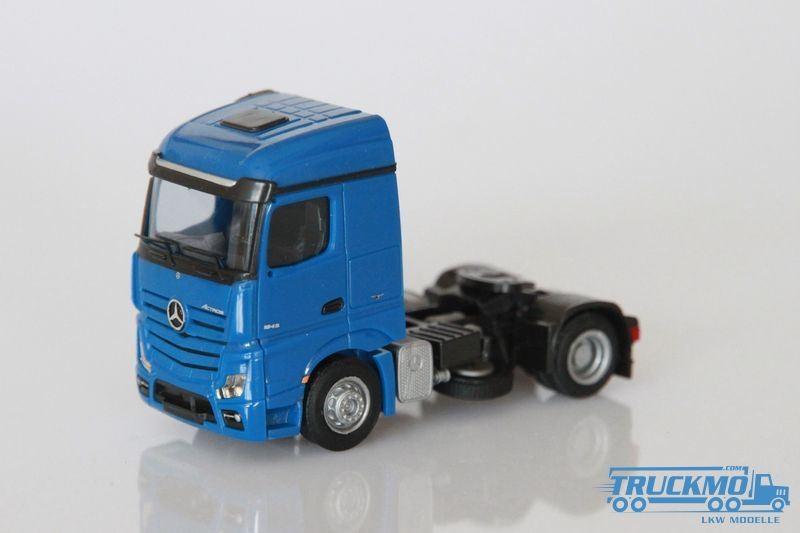 AWM Mercedes Benz Actros 11 Streamspace SZM blau