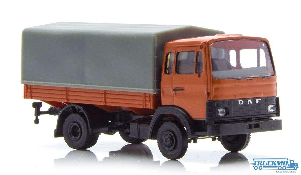 Brekina DAF 900 P/P orange 34800