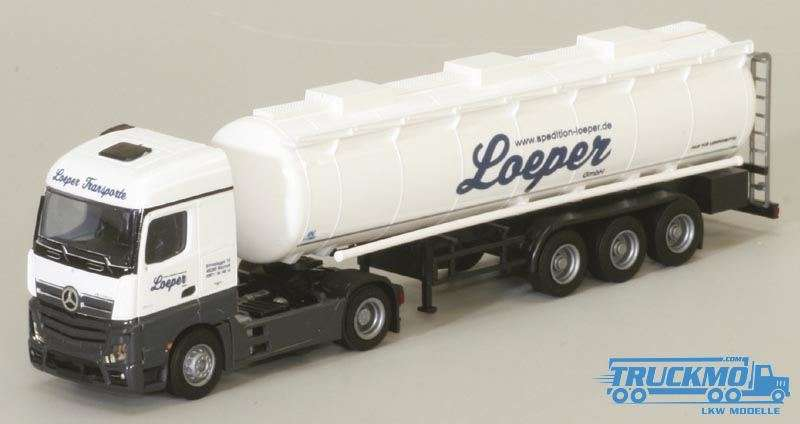AWM Loeper LKW Modell Mercedes Benz Actros Tanksattelzug 75085