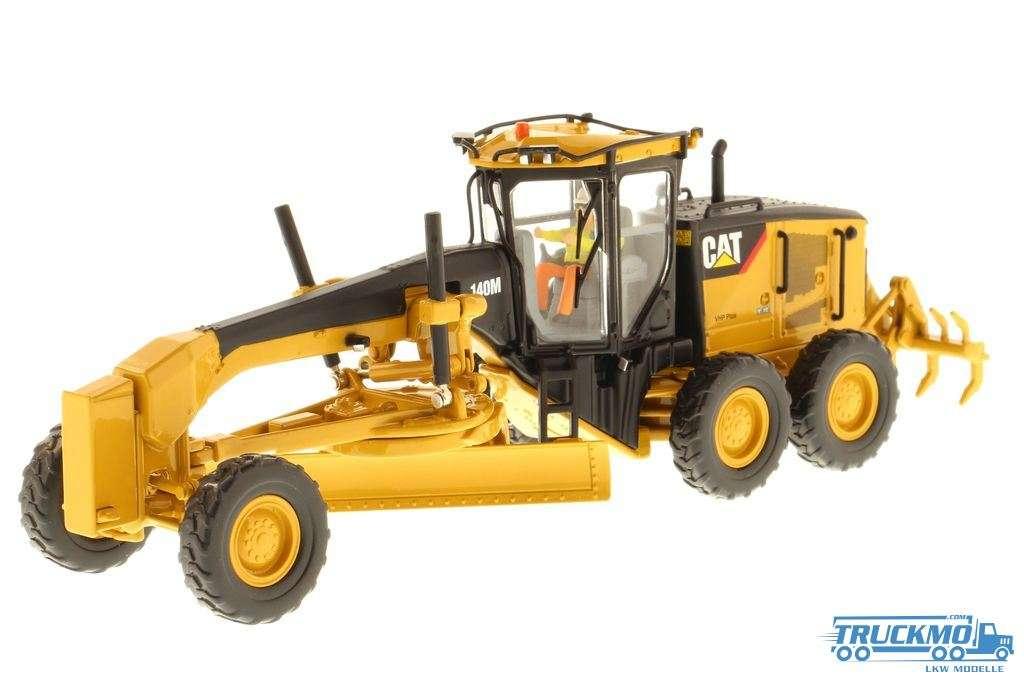 Diecast Masters CAT 140M Motor Grader 85236