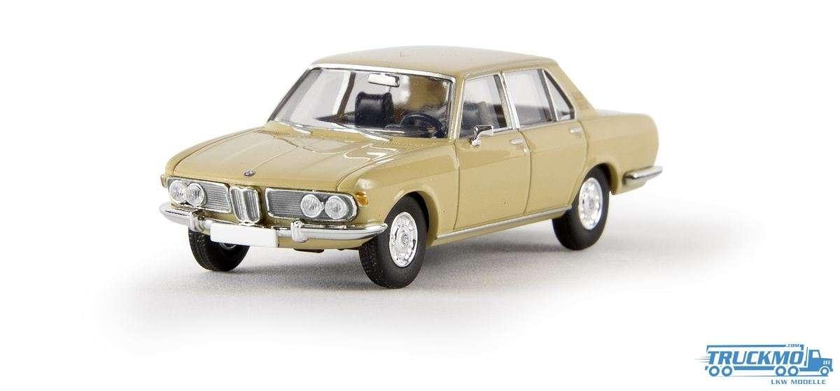 Brekina BMW 2500 beige von Starmada 13601