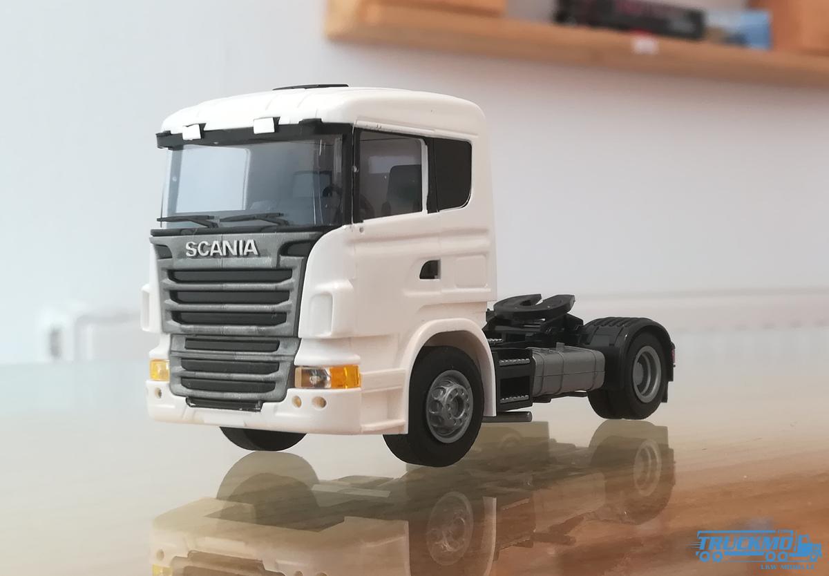 AWM Scania R09 weiß 8419.01