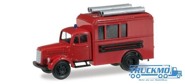 Herpa Feuerwehr Mercedes Benz Koffer-LKW mit Dachbeladung