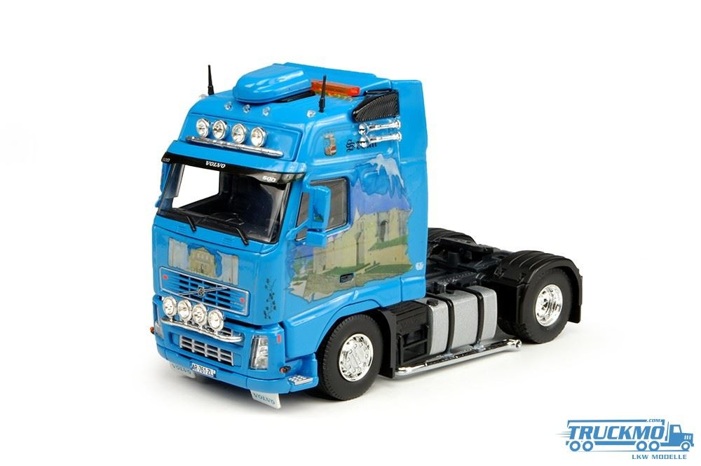 Tekno JP Traction Volvo FH02 Globetrotter XL LKW-Modell