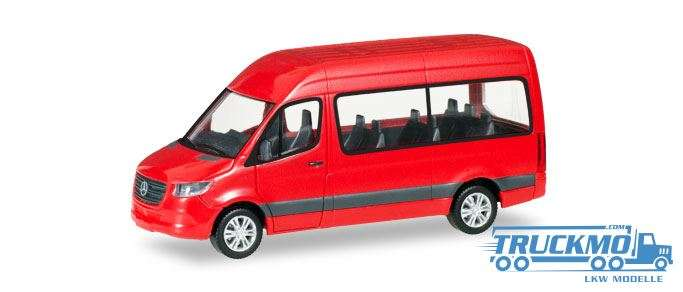 Herpa Mercedes-Benz Sprinter Bus highroof red 093804