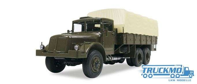 Start Scale Models Tatra-111R Planen-LKW 83SSM1307