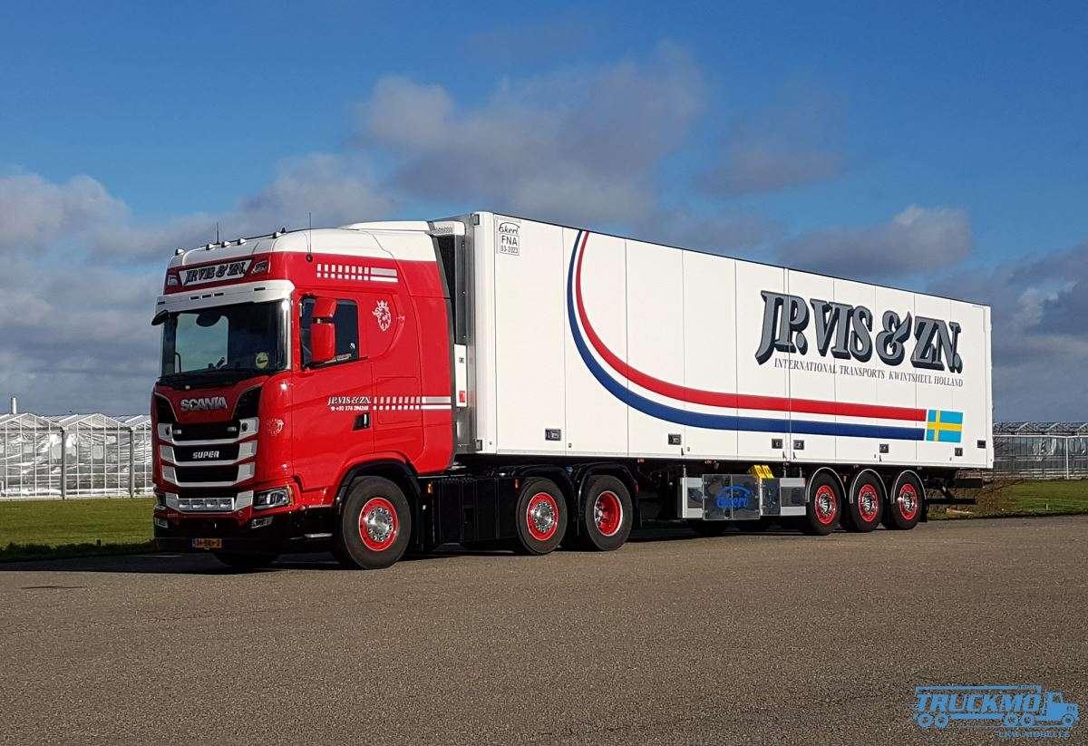 WSI J.P. Vis & Zn Scania S Highline CS20H 6x2 reefer trailer 3 axle 01-