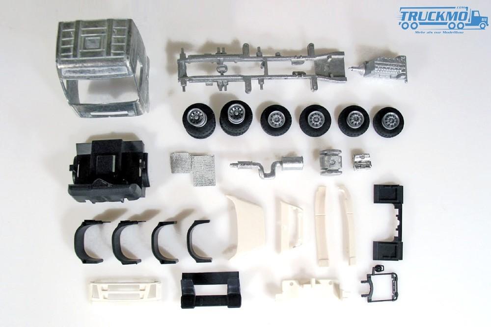 Tekno Bausatz Volvo Globetrotter 6x2