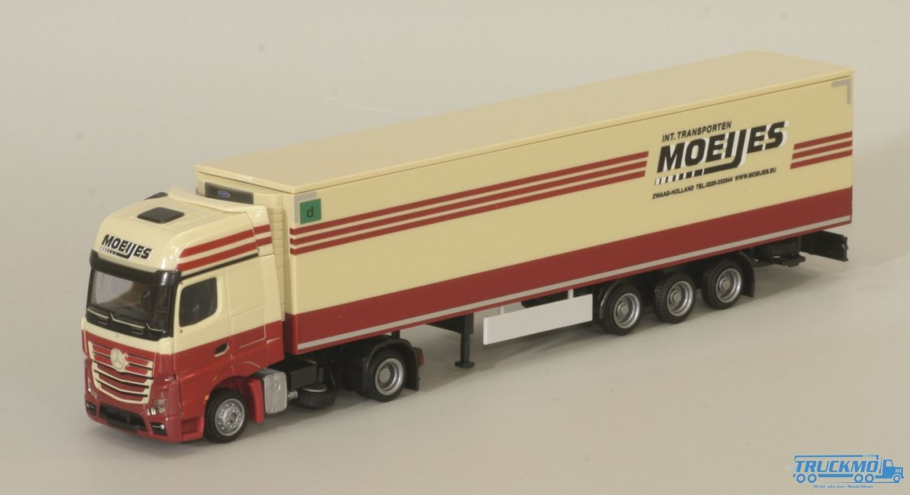AWM Moeijs Mercedes Benz Actros2 Giga. / Aerop. - Mega-Kühl-KSZ