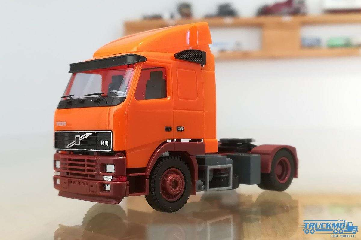 AWM Volvo FH Aerop orange 5829.01