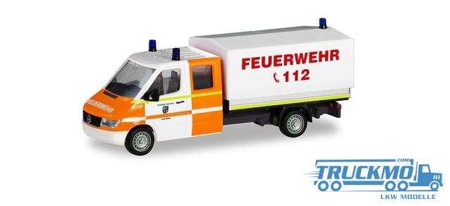 Herpa Feuerwehr Rhede Mercedes-Benz Sprinter `96 Doppelkabine mit Plane 094979