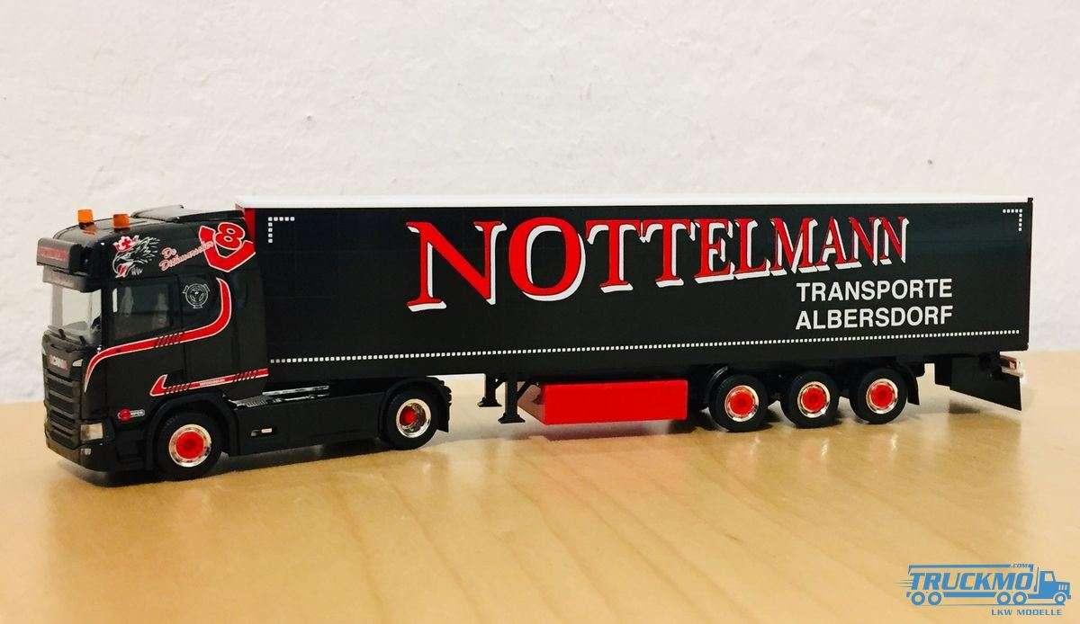 Herpa Nottelmann Scania CR 20 HD Gardinenplanen-Sattelzug 311038