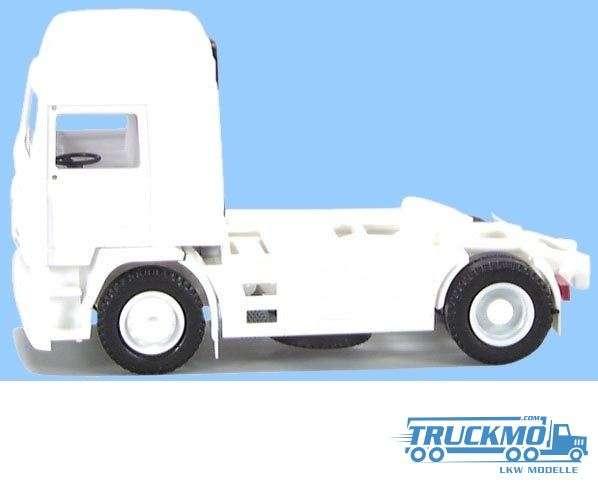 AWM Volvo F Globetrotter Szm Verkleidung weiß 5339.50