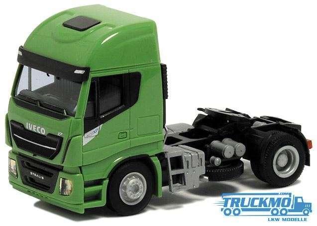 AWM Iveco Stralis Euro 6 HiWay green 600522