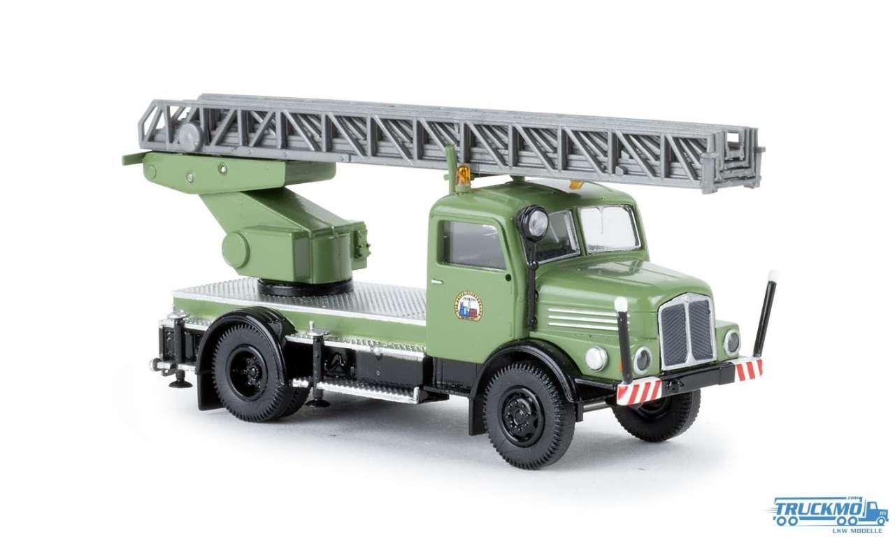 Brekina VEB Energievers. Karl-Marx-Stadt IFA S 4000-1 DL 25 71730