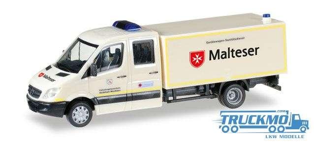 Herpa Malteser Hilfsdienst Mercedes-Benz Sprinter Doppelkabine mit Koffer GW-San 092951