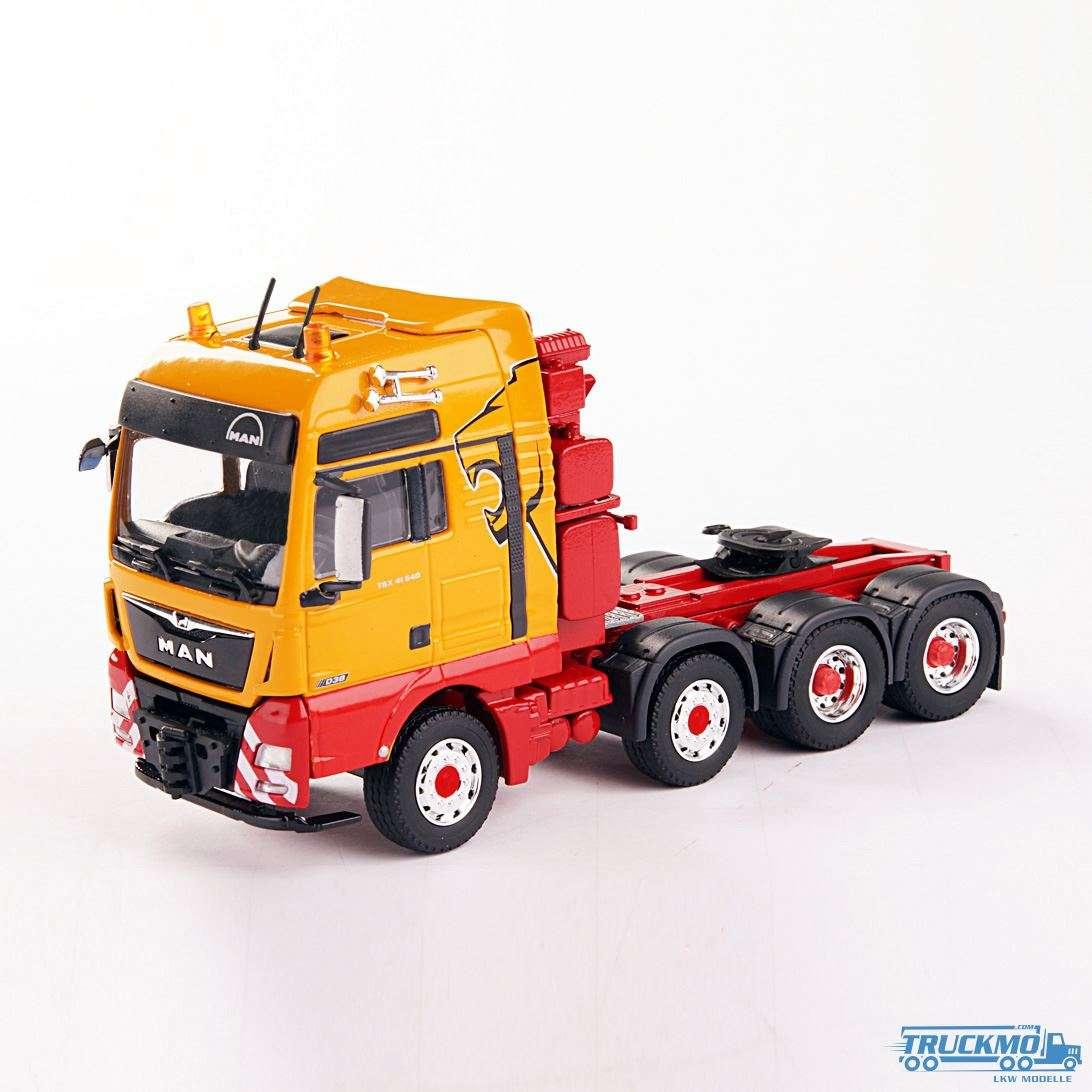 Conrad MAN TGX XXL 41.640 Schwerlast-Sattelzugmaschine 76001/02
