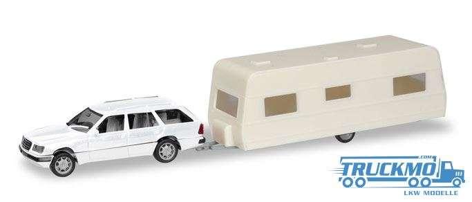 Herpa MiniKit: Mercedes-Benz E-Klasse T-Modell mit Wohnanhänger 013413