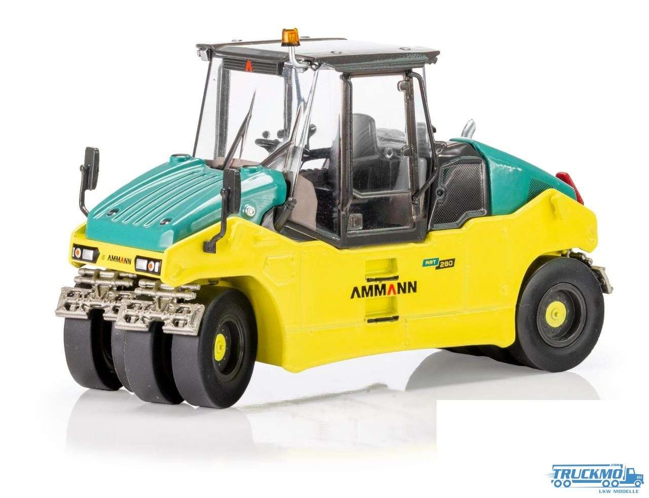USK Scalemodels Ammann ART280 pneumatische Walze 31016