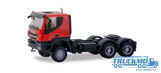 Herpa Iveco Trakker tractor 6×6 rot 310581
