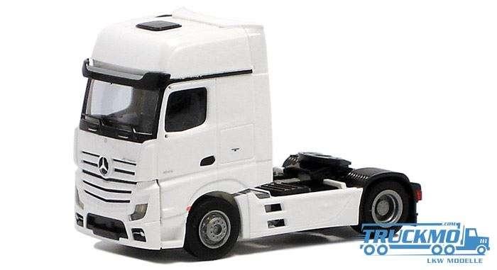 AWM Mercedes Benz Actros Gigaspace 2 Achs