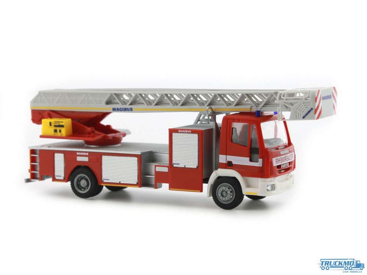 Rietze Feuerwehr Halle/Saale Iveco Magirus DLK 32 L-AS 68552