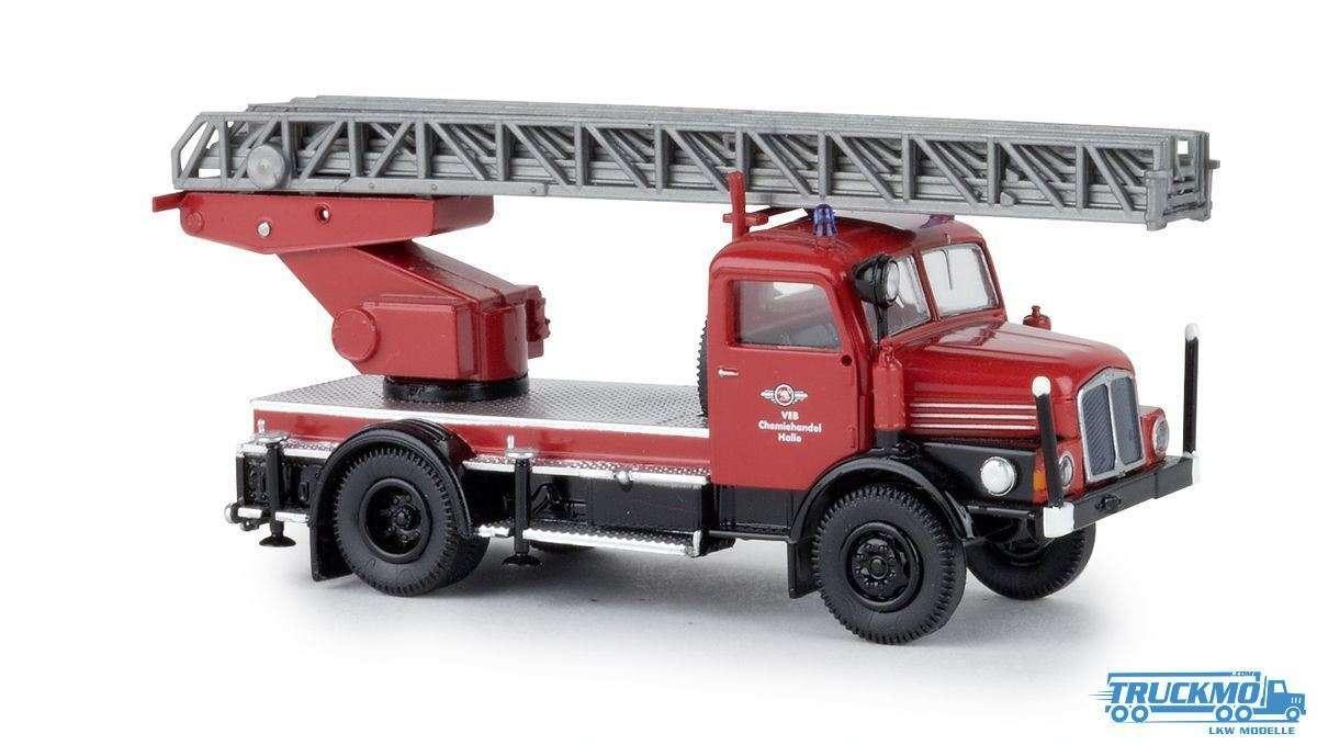 Brekina VEB Halle IFA S 4000-1 DL 71732