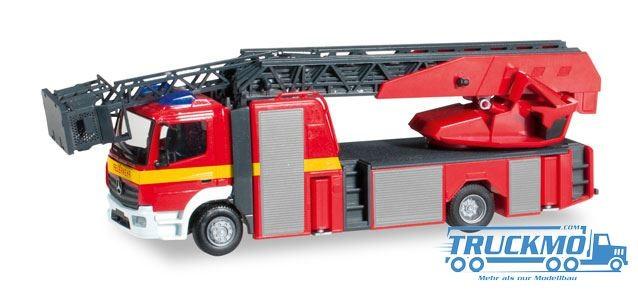 """Herpa Mercedes-Benz Atego Metz Drehleiter XS """"Feuerwehr"""""""